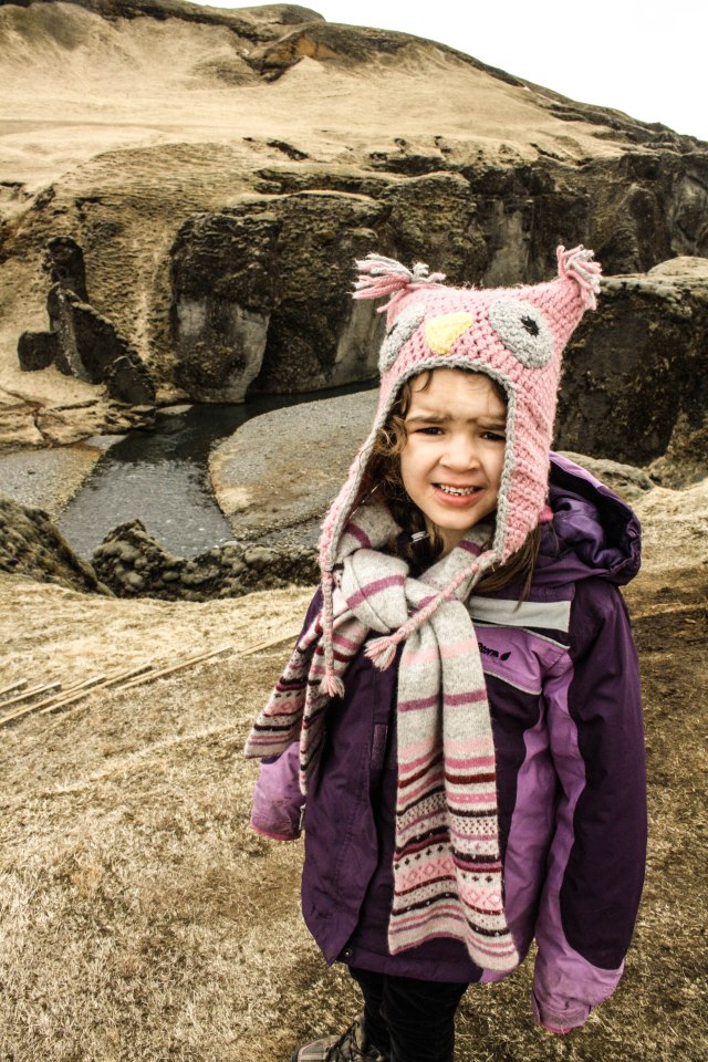 Fjaðrárgljúfur, Canyon, Iceland, Kids, Nature