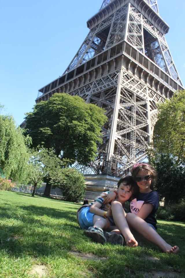 #EiffelTower #Francewithkids #eiffeltowerwithkids #Paris #Pariswithkids