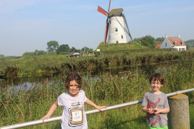 #WindmillBelgium #WindmillDamme #windmill #CanalBruges #Damme #DammeBruges #Brugeswithkids